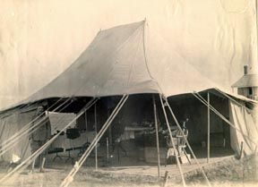 Dentistry in the field - litterally. An Army mobile dental surgery from the Boer War, fought in South Africa between 11 October 1899 – 31 May 1902